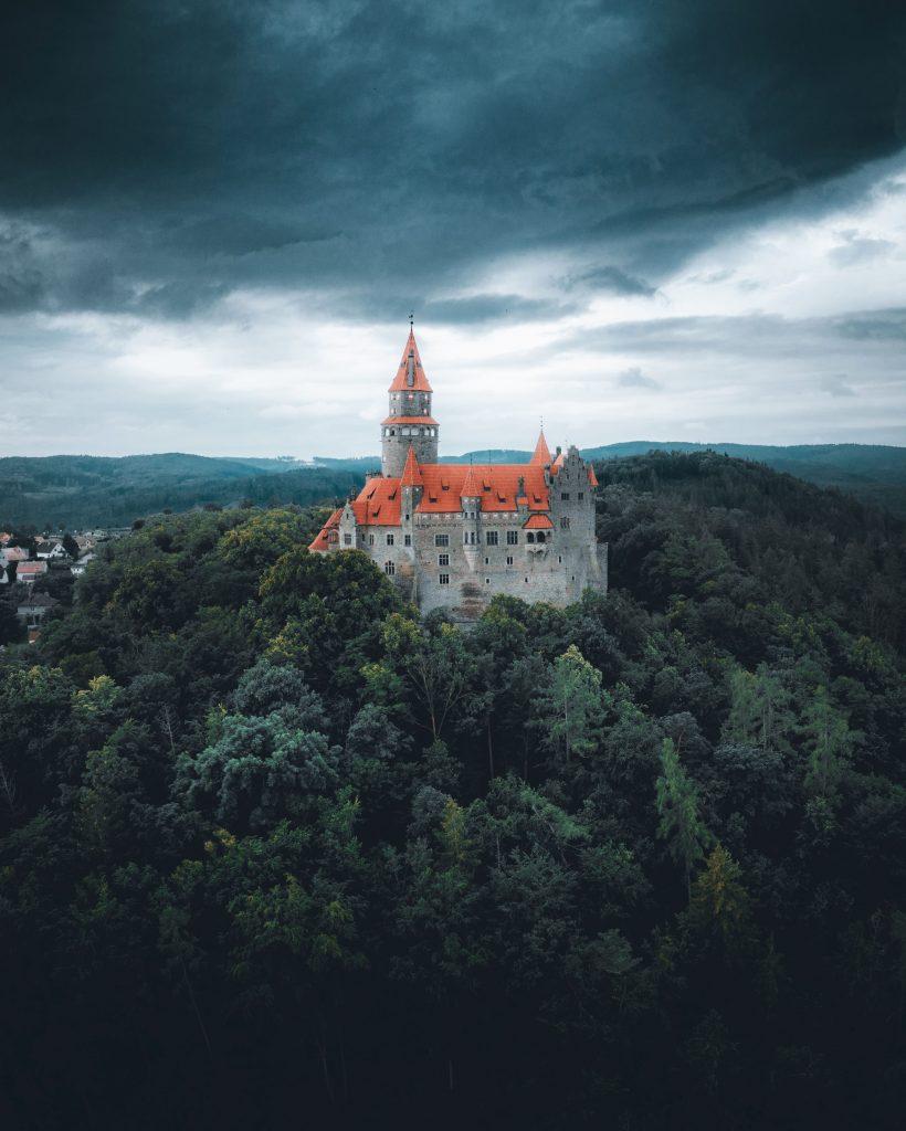castillo-bouzov-que-ver-en-la-republica-checa